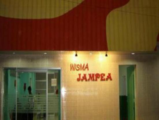 penampakan wisma Jampea