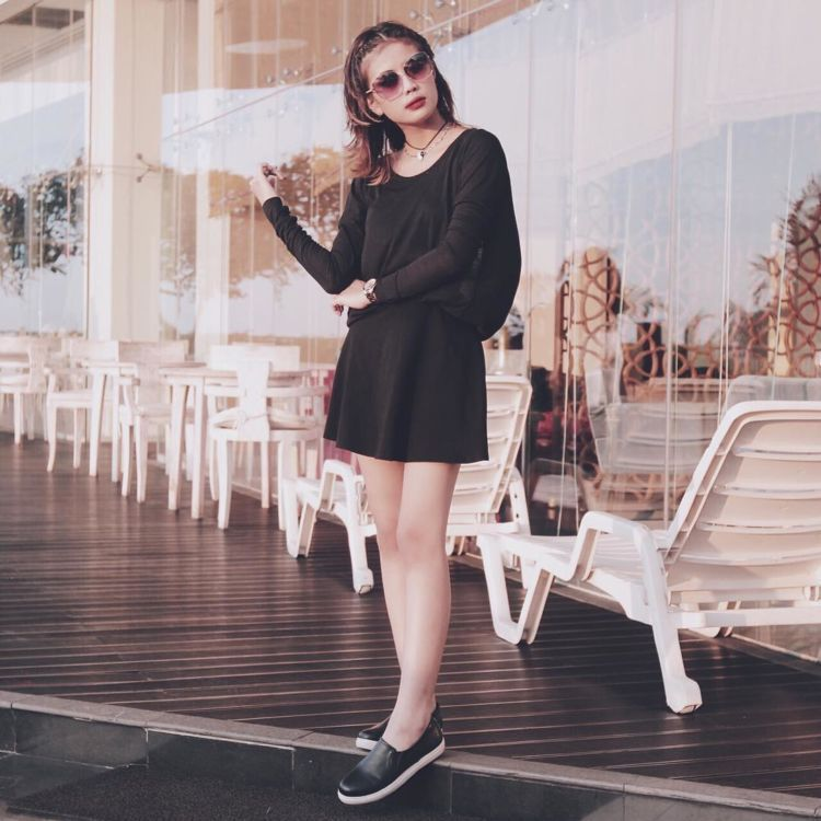 dress hitam!