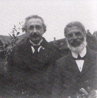 Einstein dan Besso