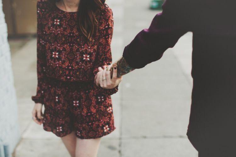 tangannya selalu terbuka untukmu