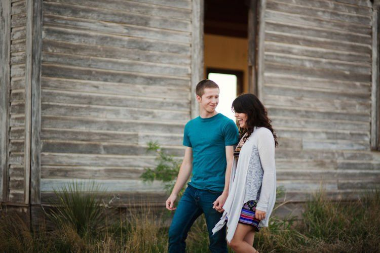 Taiban+-+New+Mexico+-+Ghost+Town+-+Engagement+-+Portraits+-+Liz+Anne+Photography+06