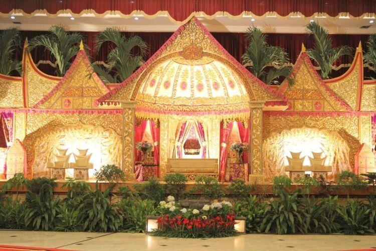 tema rumah gadang minangkabau