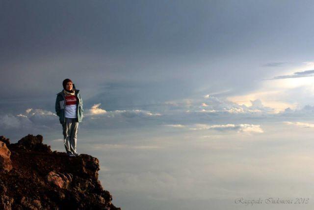 Pendakian Gunung Slamet oleh Komunitas Satubumikita.