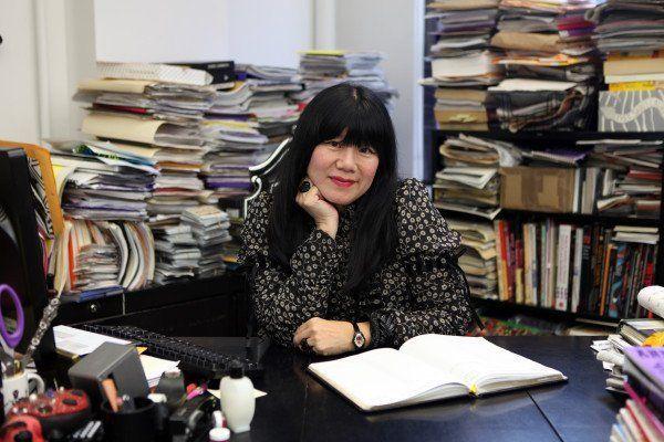 Anna Sui, designer kenamaan Amerika yang keturunan Tionghoa.
