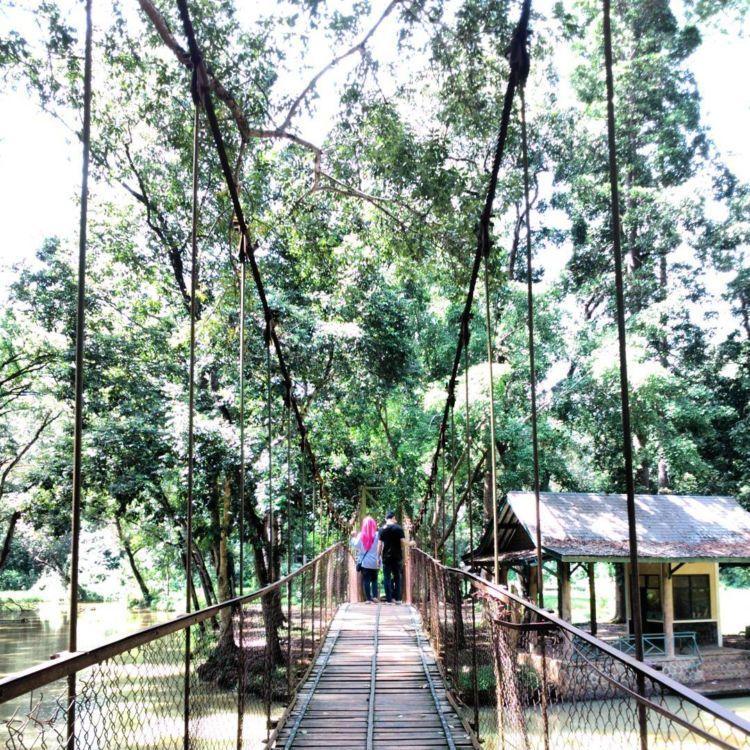 jembatan gantung situ mustika