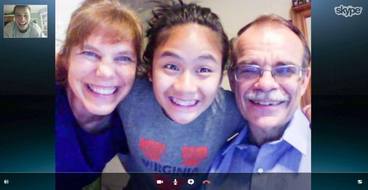 Video call dengan keluarga