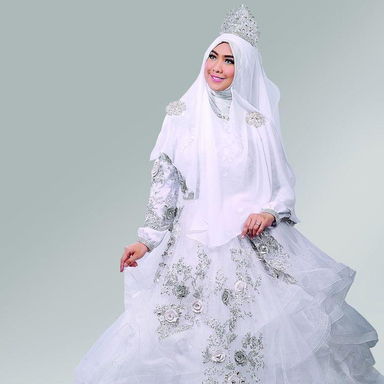 Oki Setiana Dewi Bridal