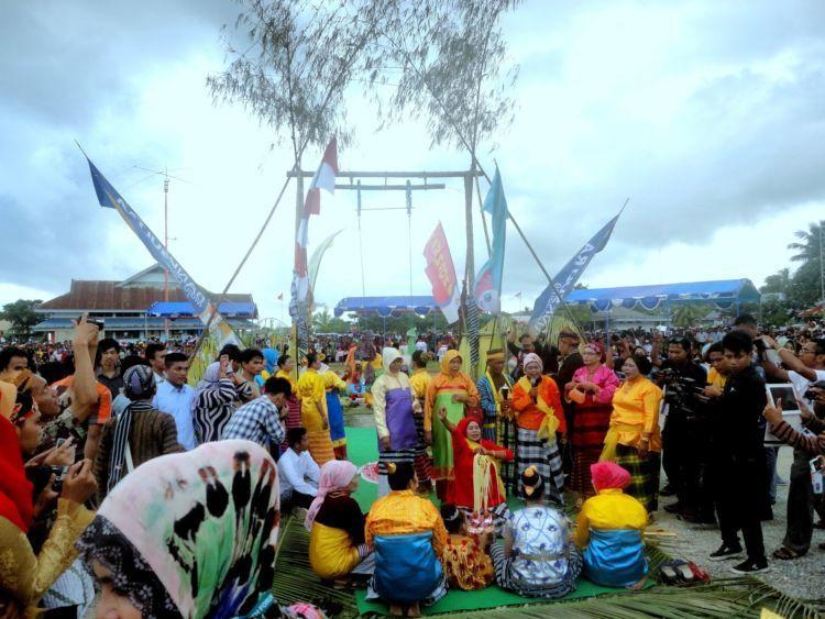 Upacara Kabuenga di Wakatobi