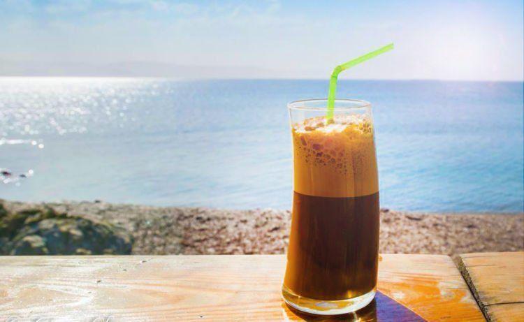 Frappe, es kopinya Yunani, berani coba?