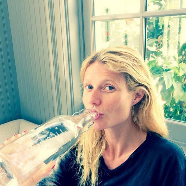 konsumsi air mineral yang cukup ya