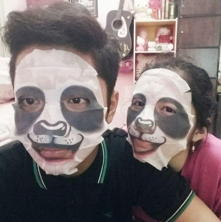 Masker hewan dipake barengan