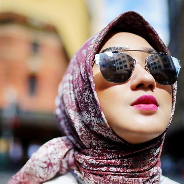 hijab segiempat khas Indonesia