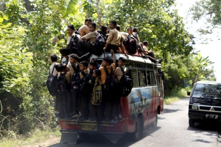 Angkutan Umum Jalan raya Andong-Kemusu Boyolali