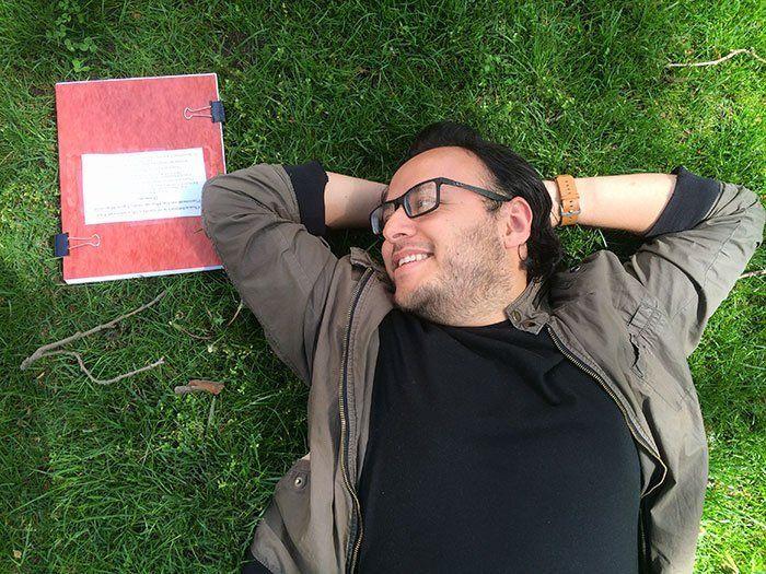 funny-romantic-thesis-photoshoot-morris-vanegas-10