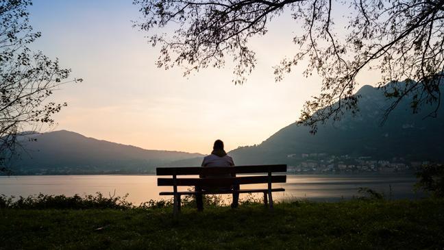 Cowok emang kesepian