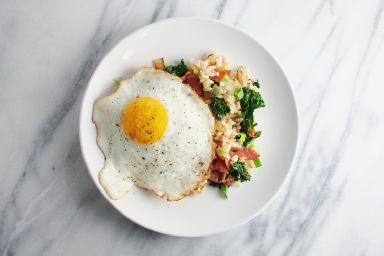 nasi goreng plus telur