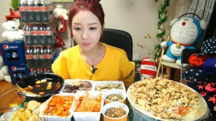 Rahasia Tubuh Kecil Yuka Kinoshita, Perempuan Cantik yang Hobi Makan Banyak