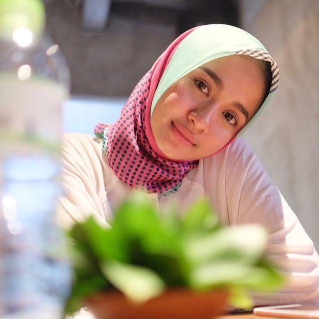 Kalau udah ahli pakai hijab, bakal nyaman kok.