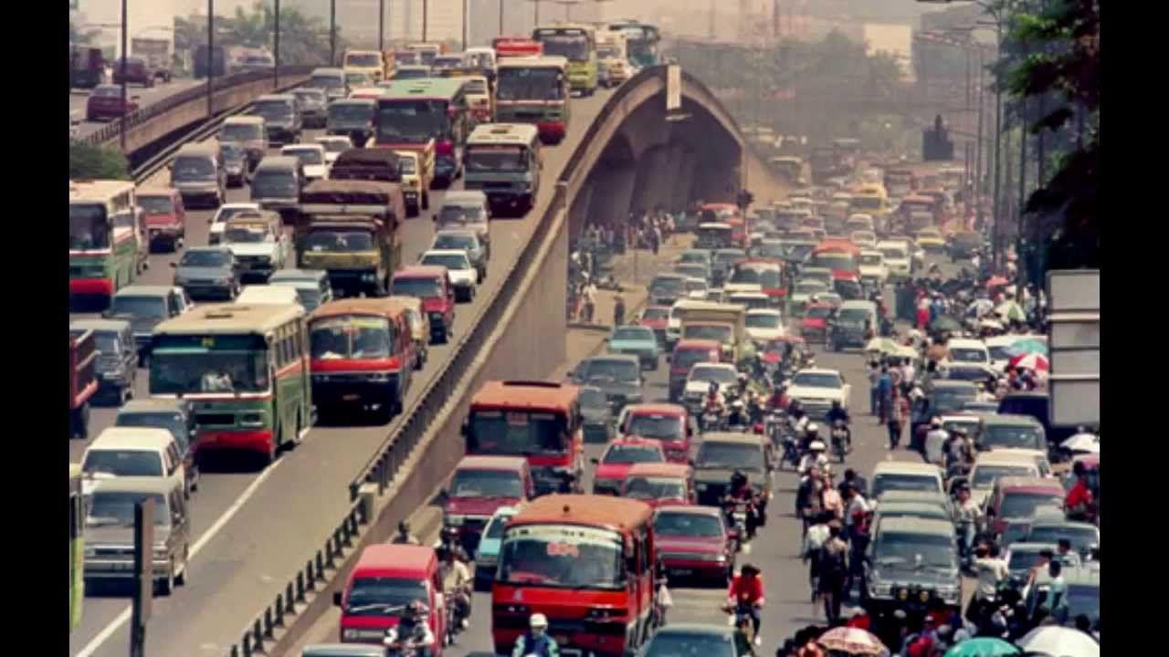 Kaum Urban Jakarta Dari Makan Di Warteg Sampai Nonton