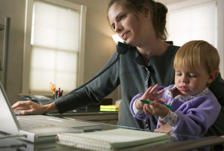Bahkan kelak ketika menjadi ibu, kamu handal untuk multitasking.