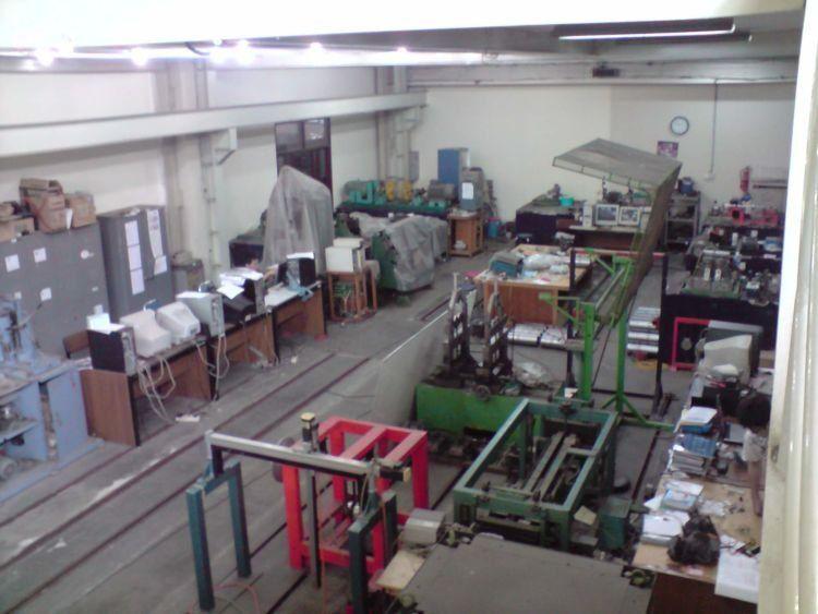 lab mesin.