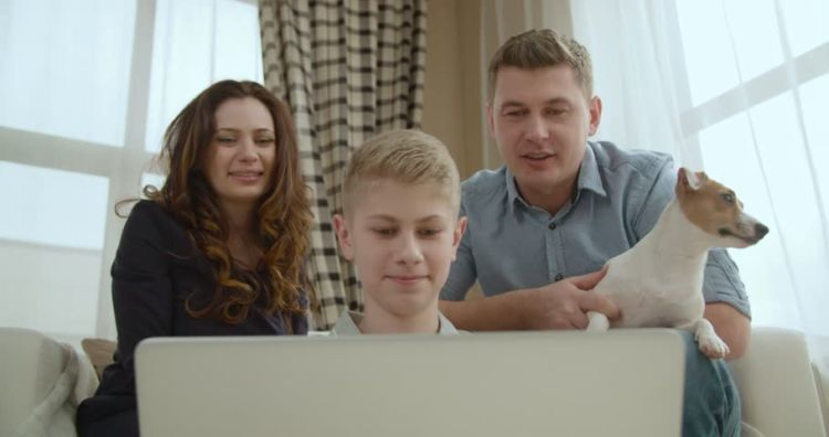 video call sama keluarga