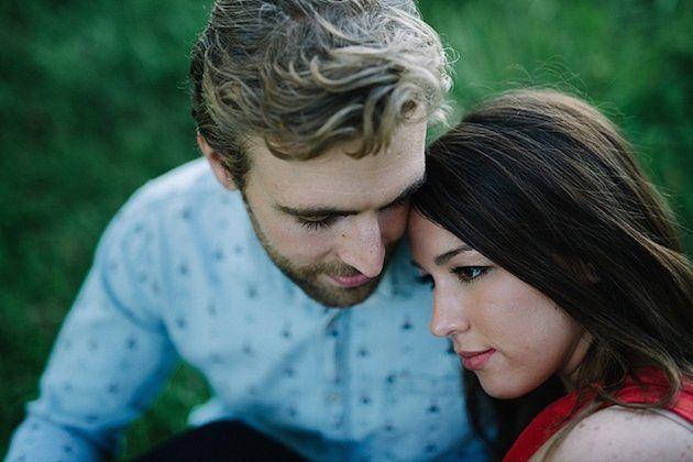 sweet-engagement-shoot-lauren-love-photography-bridal-musings-wedding-blog-6