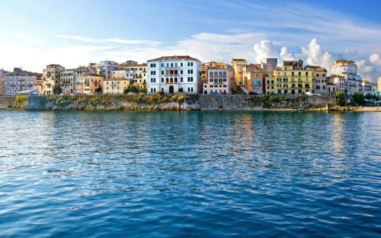 corfu-36hours-old-city-xlarge