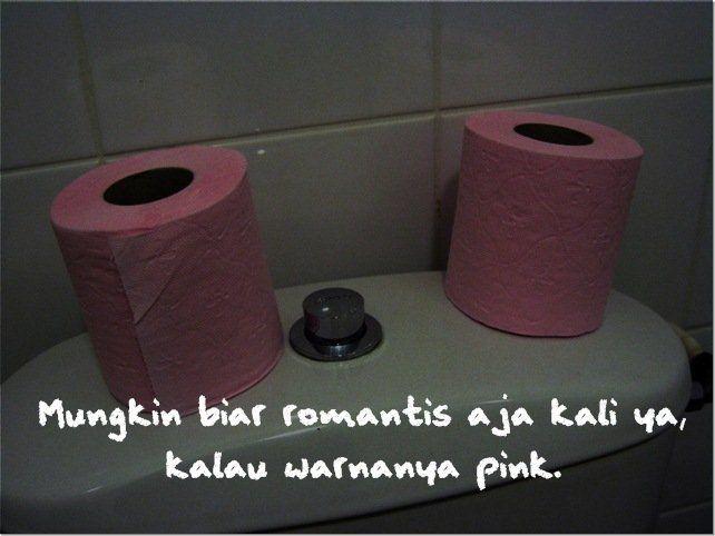 Biar romantis.