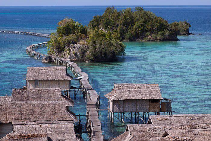 yang ini namanya Pulau Malenge