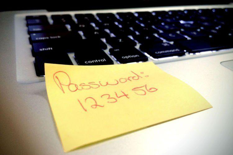 buat kombinasi password yang unik dan tak tertebak