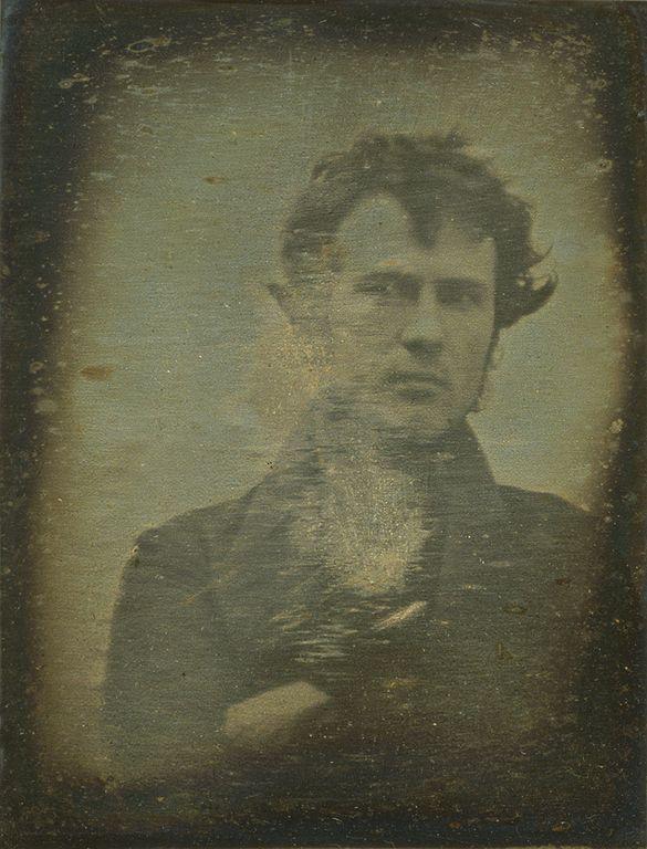 Inilah selfie pertama milik Robert Cornelius