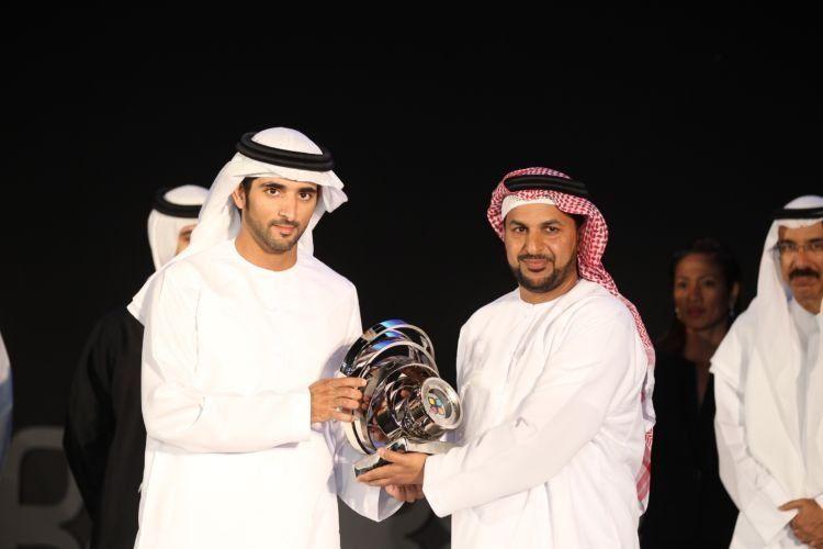kiri: pangeran Dubai yang ramah dan membumi