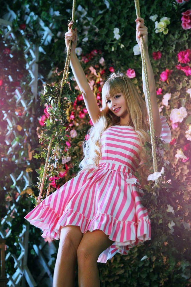 Barbie dari Rusia.