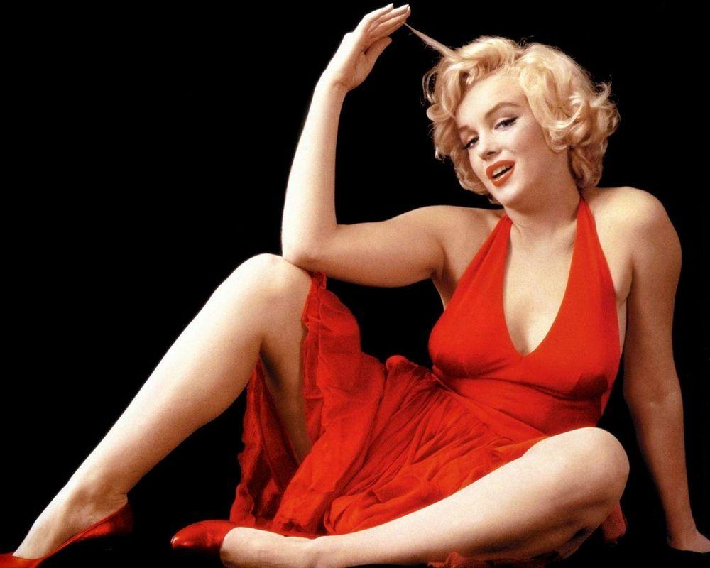 Monroe juga pendek loh!