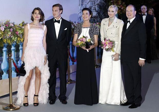 Terkenal sebagai keluarga kerajaan yang glamour