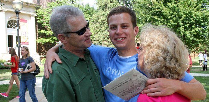kebanggaan orangtua