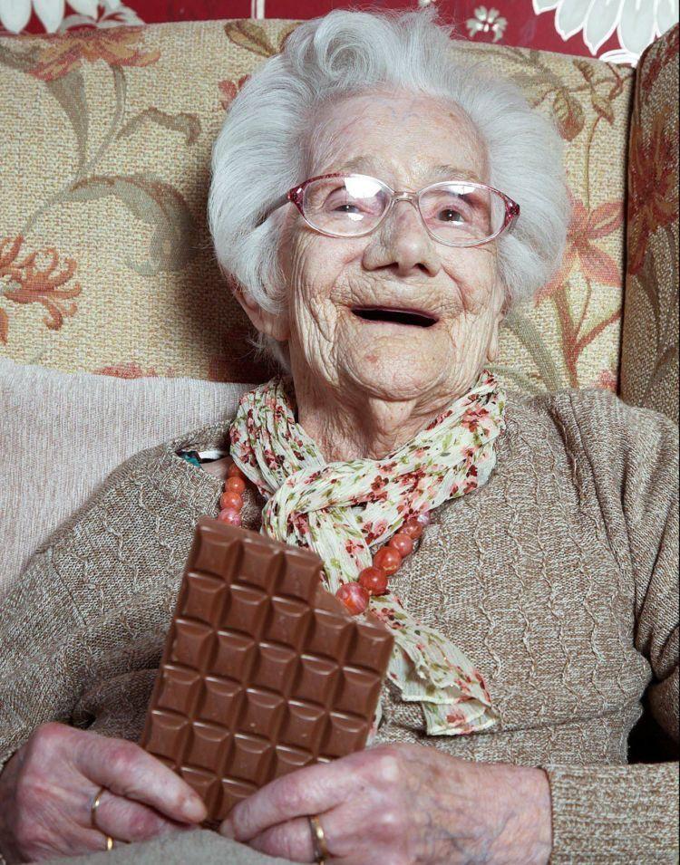Mkaan coklatnya tiap hari ya
