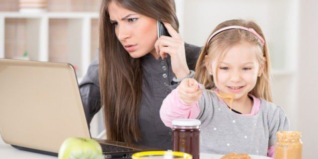 Rutinitas Kantor Menyelimuti Aktifitas Keluarga Anda
