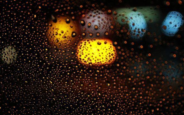 Musim Hujan Sering Membuatmu Galau? Atasi dengan 7 Cara ...