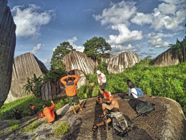 Batu Belimbing, Parittiga, Bangka Barat, Bangka.