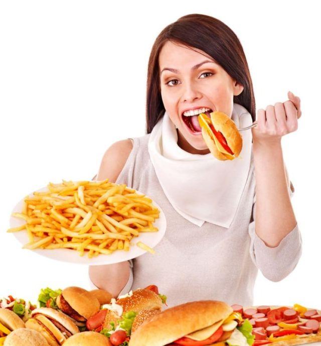 Makan aja bebasss.....