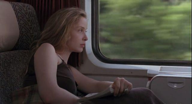 Ngelamun di Jendela Kereta
