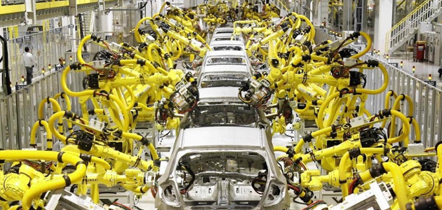 Industri Manufaktur Mobil, nggak bikin cape operatornya!