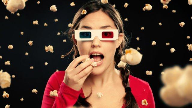Gimana rasanya menonton film sendirian?