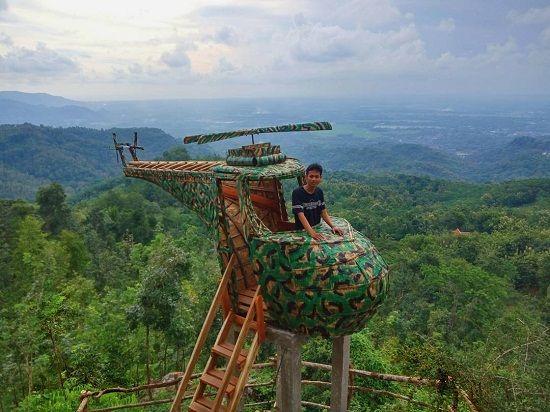 spot helikopter di watu goyang