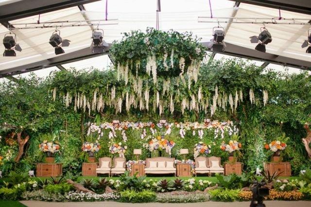 10 dekorasi garden party di dalam ruangan nggak ada lagi for Dekorasi party di hotel