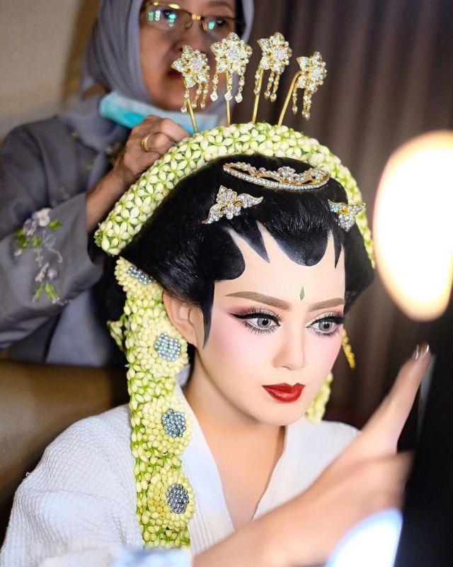 Tutorial Makeup Pengantin Jawa Saubhaya Makeup
