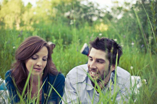 blur-couple-field-gir