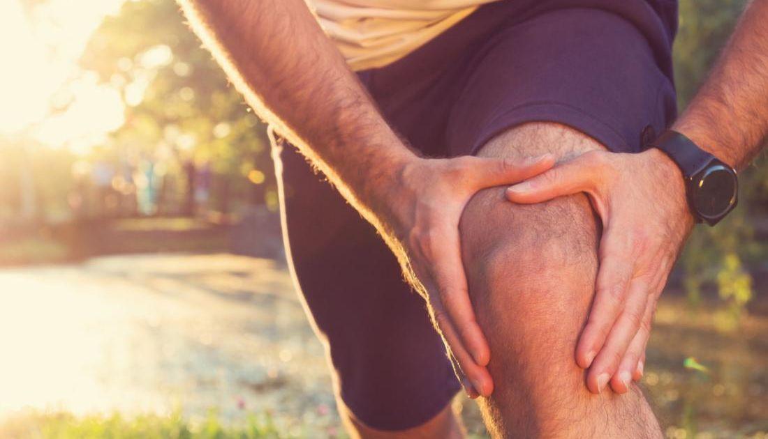 Menguak Misteri Hubungan Lutut dengan Keperjakaan. Ternyata Mitosnya Nggak Cuma di Indonesia Aja Lho